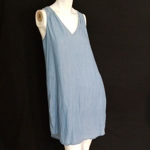 3/$24💟OLD NAVY Chambray Medium Wash Denim Dress